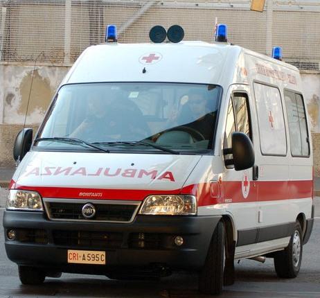Arriva a Torino l'Ambulanza Fotovoltaica